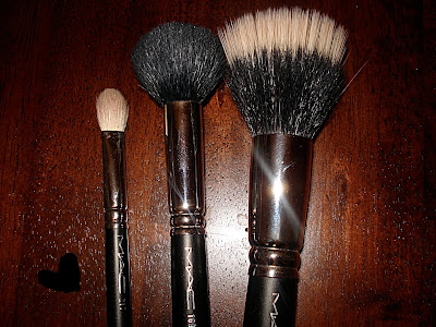 MAC brushes essentials