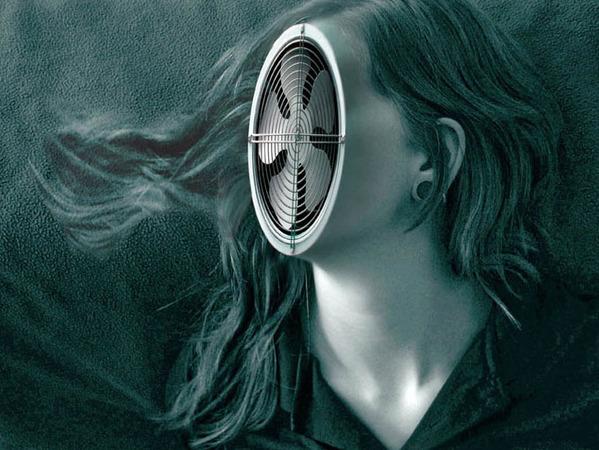 mujer con cara de ventilador
