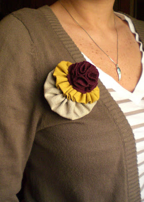 how to make fall fabric brooch