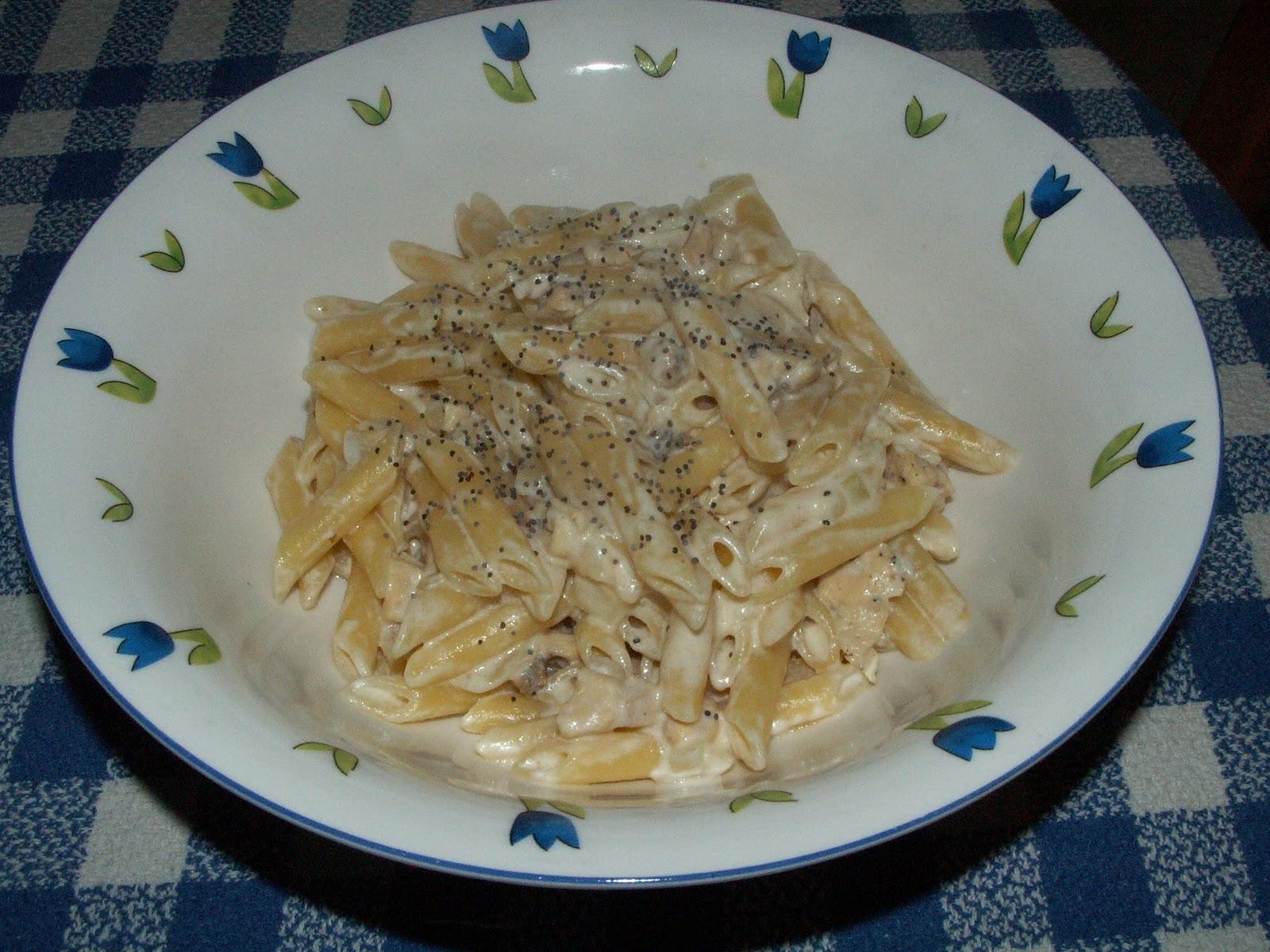 Pasta con pollo y salsa de nata - Salsas para pasta con nata ...