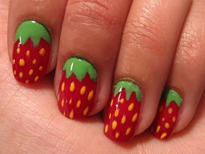 Winkeland Strawberry Fun Nails