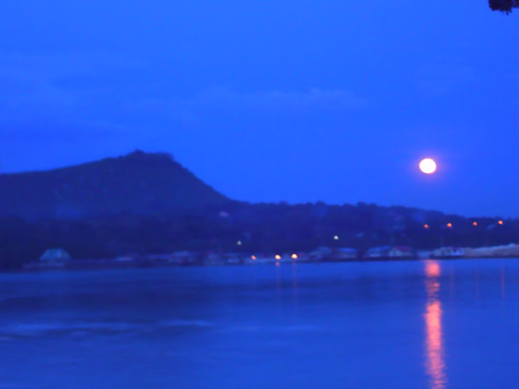 Moonrise Over Tagbilaran