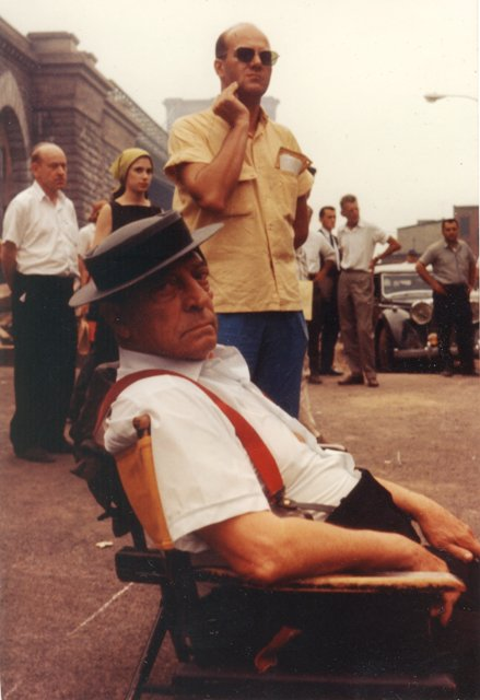 Buster Keaton on the set of 'Film' (Samuel Beckett and Alan Schneider in background).