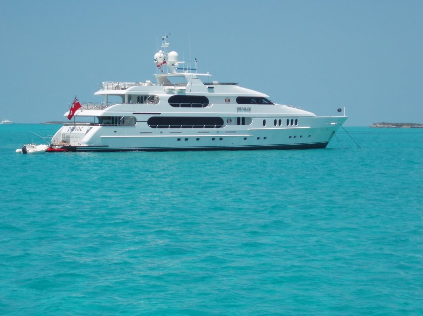 tiger woods yacht pictures. Tiger Woods Yacht Privacy