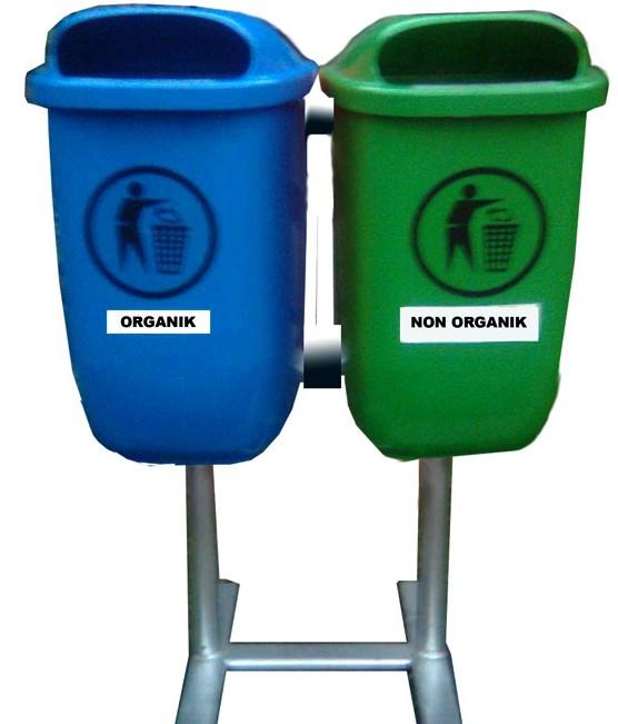 Tong Sampah Plastik