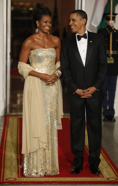 Michelle Obama glamourous in blue