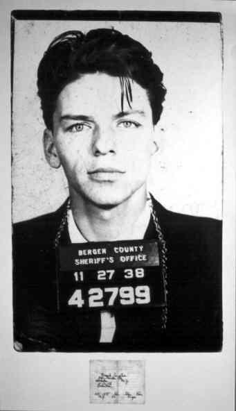 4e Advanced Frank Sinatra Frank Sinatra <b>Mini Biography</b> - Frank%252BSinatra%252BSinatraFrank