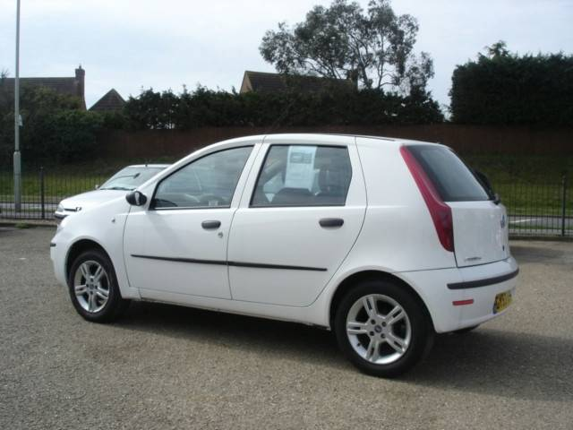 1999 fiat punto 1 2 16v elx related infomation specifications weili automotive network. Black Bedroom Furniture Sets. Home Design Ideas
