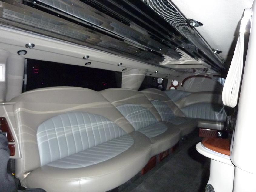 Hummer H2 Limosine Interior
