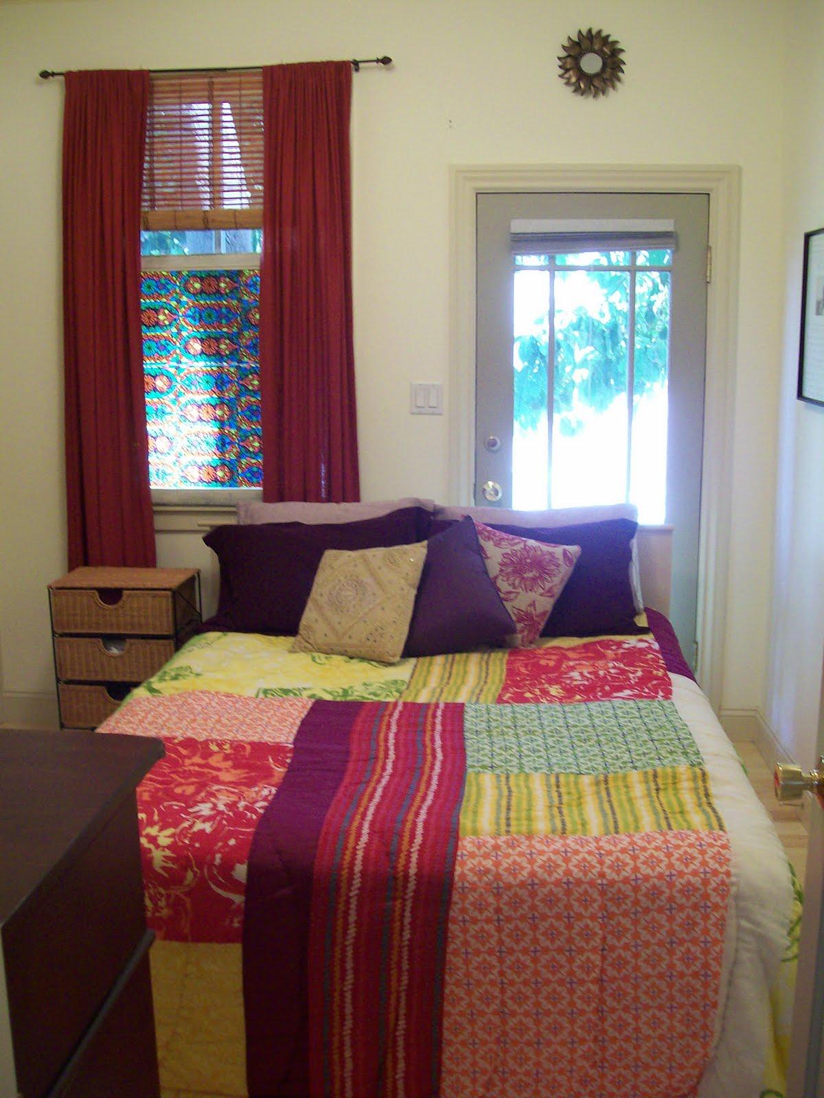 Bedroom Set Arrangement