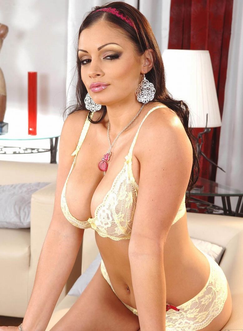 You aria giovanni hot porno round fat