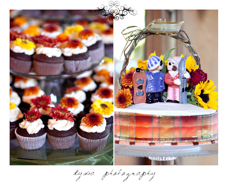 Snowboard groom and skier bride cake toppers and cupcakes at a Kenwood Farms & Gardens wedding