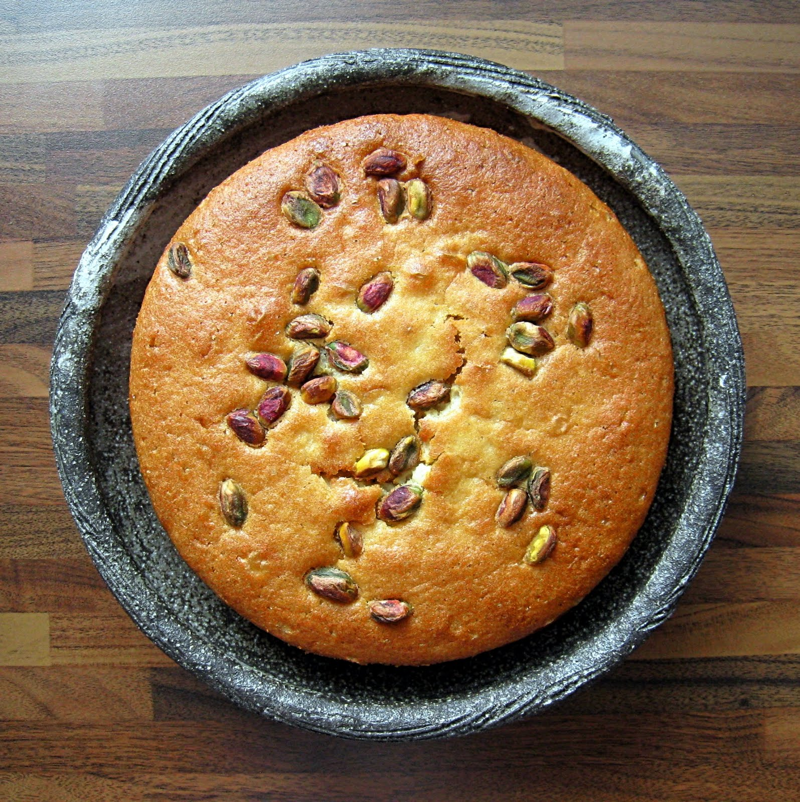 Delicious Delicious Delicious: Orange, Olive Oil and Pistachio Cake