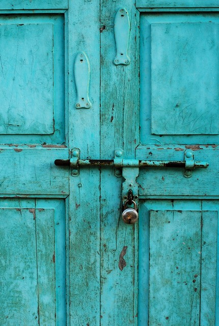 I really dig the colors turquoise and yellow... curry yellow that is... So when I came across one or two of these exquisite turquoise doors scattered ... & Inspire Bohemia: The Doors