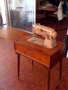 craigslist furniture decor interior design thrifting vintage decorate mccoy