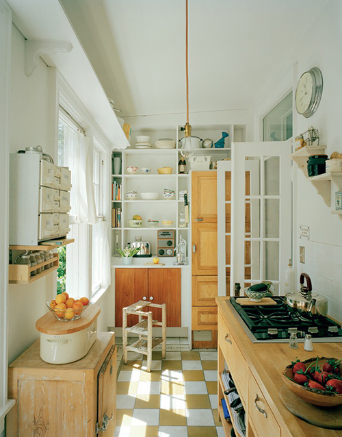 Inspire bohemia inspiring kitchens part ii for Cute small kitchen ideas