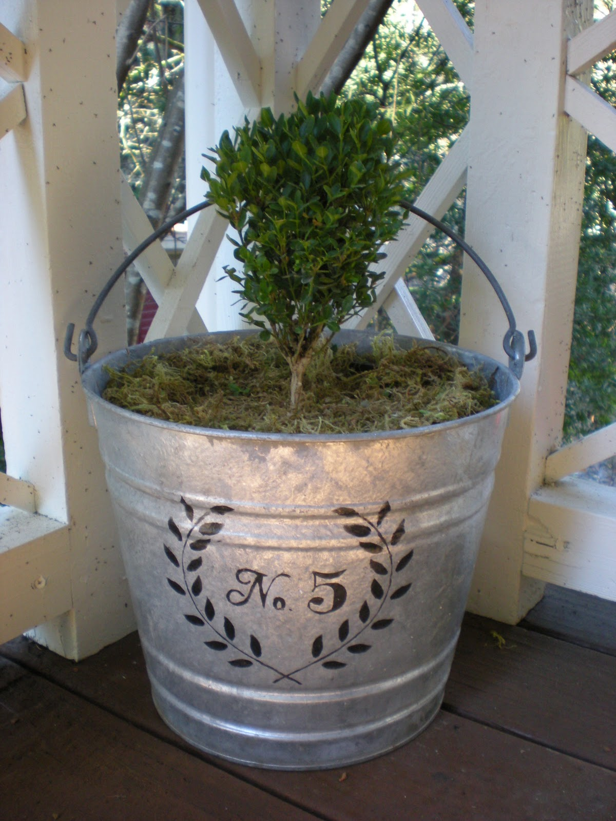 Reloved rubbish stenciled galvanized bucket for How to decorate a bucket