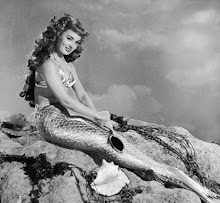 """ I'm Ann Blyth for Hostess Fish Cakes"""