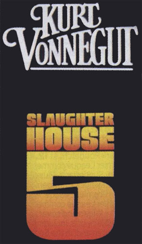 an analysis of catch 22 by joseph heller and slaughter house 5 by kurt vonnegut Welcome to the litcharts study guide on kurt vonnegut's slaughterhouse-five joseph heller's catch-22 wwwlitchartscom/lit/slaughterhouse-five.