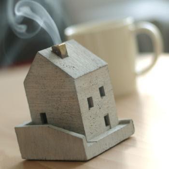 Laissezfaire Smoking House