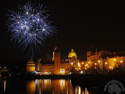 Artificii Revelion Praga - Kafka muzeu - Vltava - Podul lui Carol