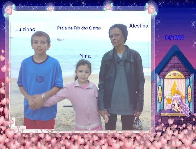 Vovó e dois netinhos