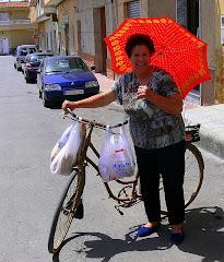 Gente de La Murada - Lola y su bici