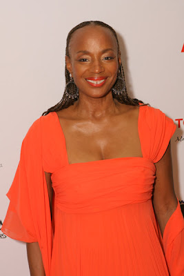 Susan Taylor Looks Regal And Radiant In This Tangerine Dress I Am