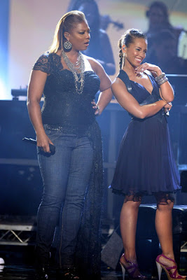 Queen Latifah and Alicia Keys look fabulous on stage. Queen Latifah And Alicia Keys