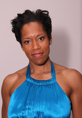 Regina King is just glowing in this sensational electric blue satin Cache ...