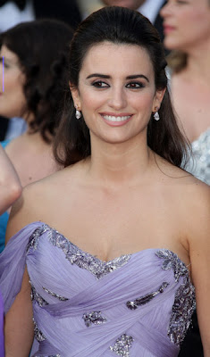 Penelope Cruz Hair, Long Hairstyle 2011, Hairstyle 2011, New Long Hairstyle 2011, Celebrity Long Hairstyles 2300