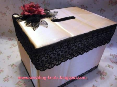 Wedding knots ang pao box champagne satin with black lace for Ang pao decoration
