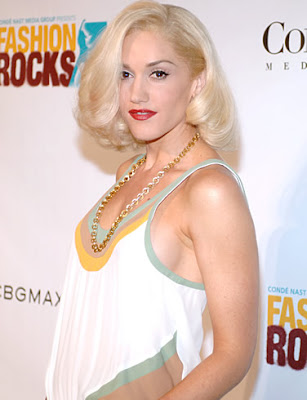 gwen stefani no makeup. hairstyles Gwen Stefani Hair 2010 gwen stefani no makeup. no doubt gwen