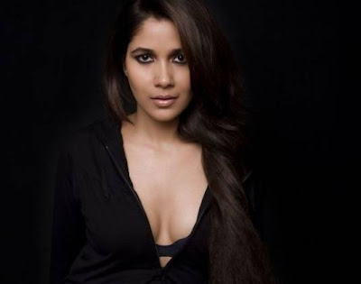 Narayani Shastri's new hot pictures.