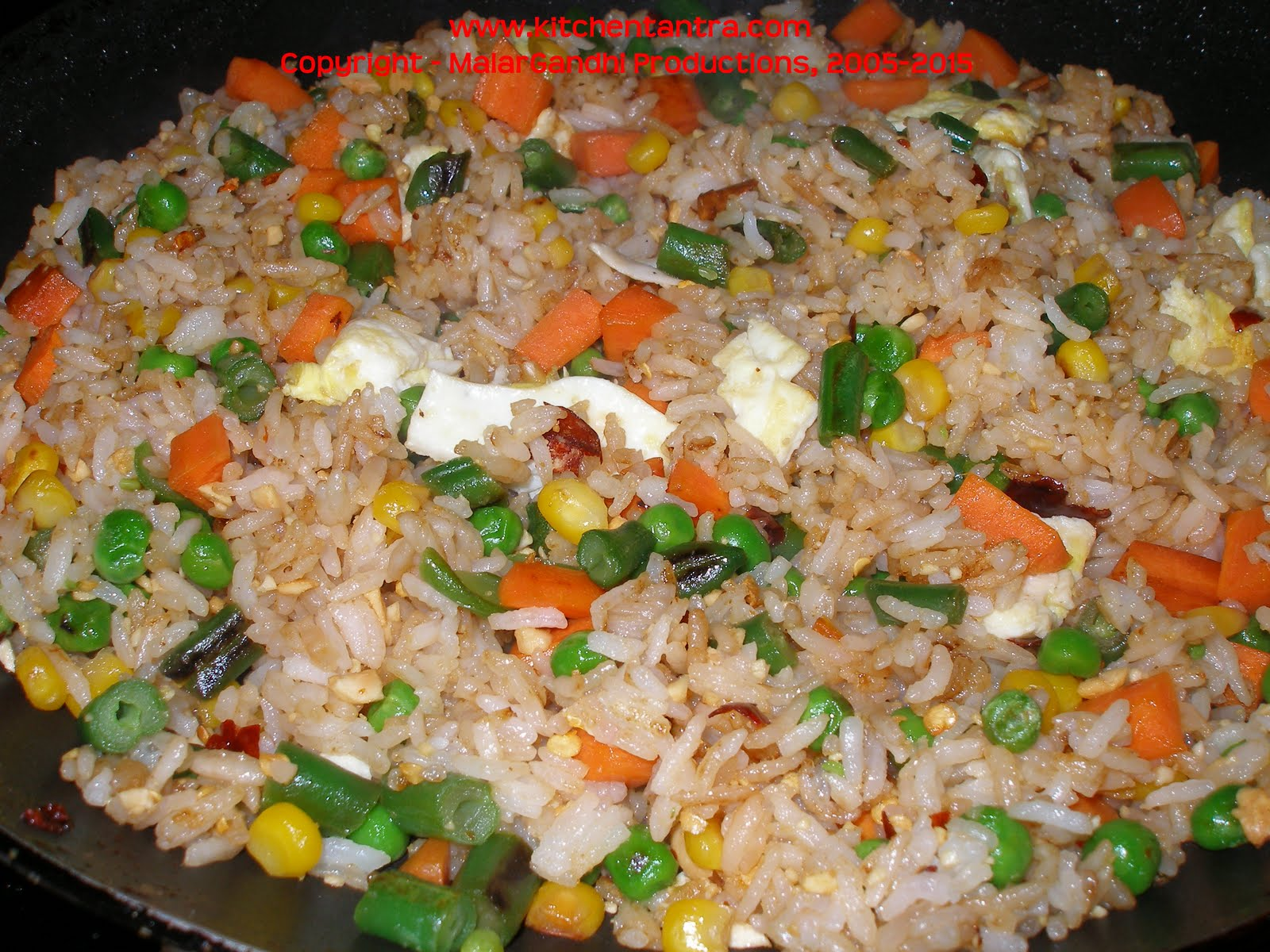 Thai Fried Rice – Jasmine Rice with Peanut Sauce! | Kitchen Tantra