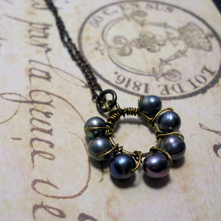 Eternity Circle -- vintage style pearl circle pendant necklace