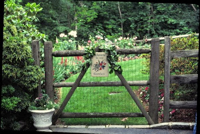 I Thought This Was Quite Elegant And Immediately Had You Thinking That The  Garden Beyond This Gate Would Also Be Quite Lovely.