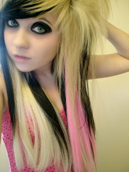 scene girl hair. Messy blonde scene girl hair.
