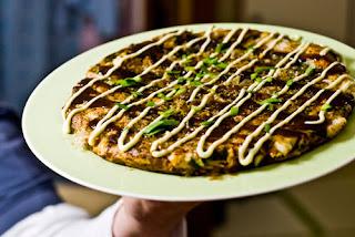 http://4.bp.blogspot.com/_NJszogRSznU/TAuSFE7CVQI/AAAAAAAAAFI/0YhS_O6dAAE/s1600/okonomiyaki-blog.jpg