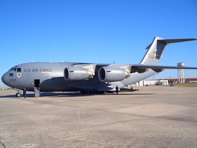 C-17 Globemaster III - Front