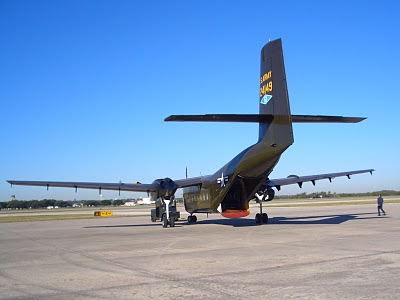 Lackland AFB Air Fest: C-7 Caribou - Parking