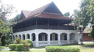 Khum Chao Buri Rat