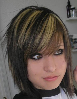 Emo hairstyle with right side swept bangs. Emo Girls