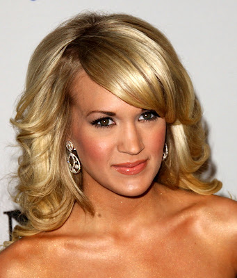 Carrie Underwood Side Hairstyle. Carrie Underwood Hairstyle