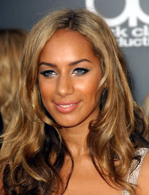 colored hairstyles. Caramel colored hair of Leona Lewis with softy waves,