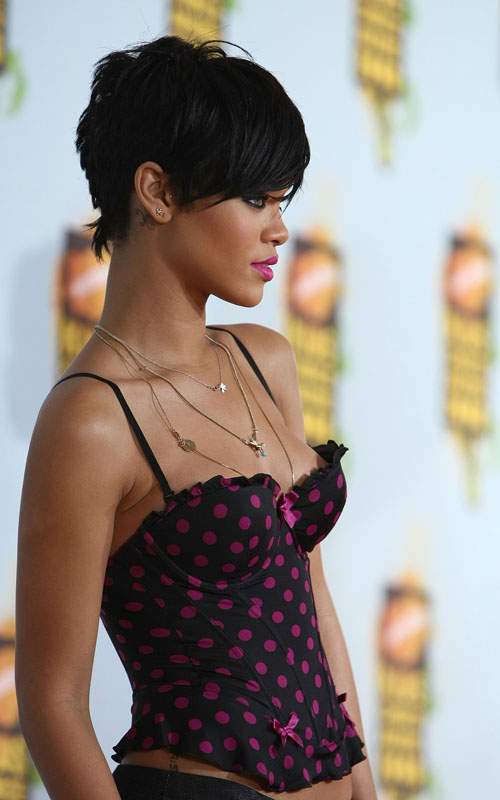 2009 Bob Hairstyles of Rihanna