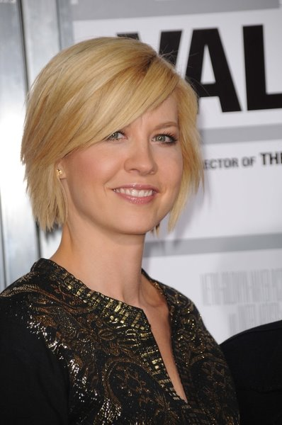 celebrity blonde short hairstyles For Women 2009