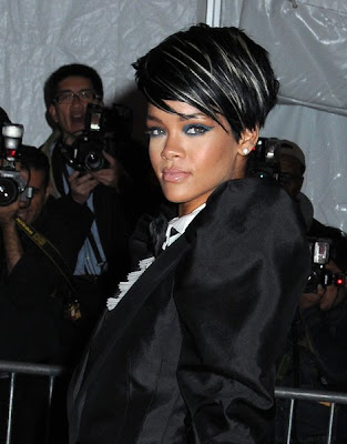 Rihanna's Short Hairstyle This young beauty keeps experimenting with her