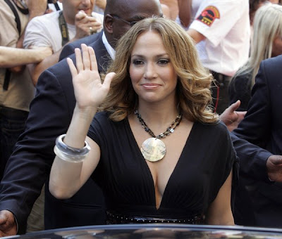 jennifer lopez haircut. Jennifer Lopez hairstyles are