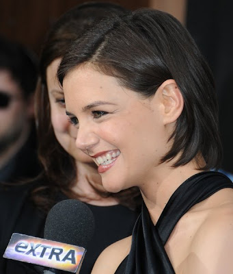 katie holmes hairstyles with bangs. Katie Holmes Short Hairstyle